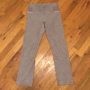 Lululemon Gray Fitted Cropped Leggings Sz 2
